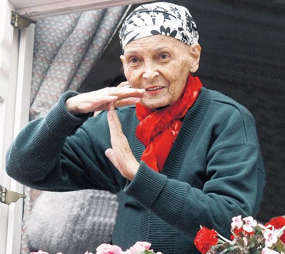 Türkân Saylan Hoca 17 yıl önce bugünü görmüştü!..